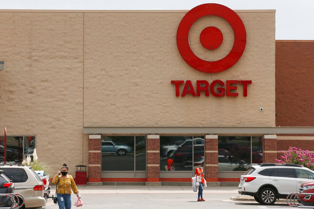 Police: Arresting black teenagers wrongly in Target, California