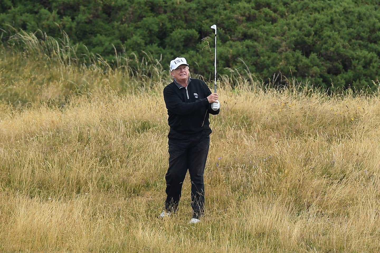 Trump spends the inauguration day in Scotland?  Scottish leader Nicola Sturgeon responds to the rumors and warns that golf isn't necessary for travel.